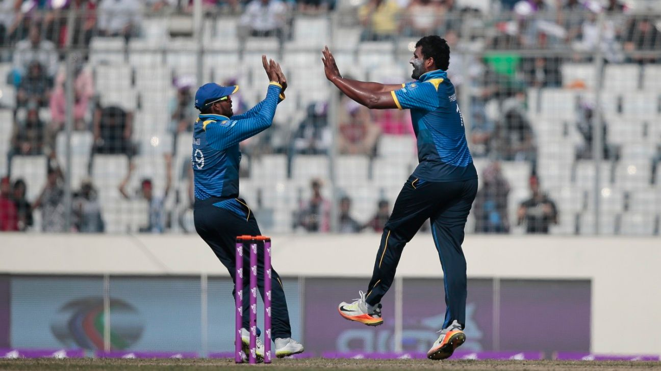 Coach can't do miracles, SL have to step up - Thisara