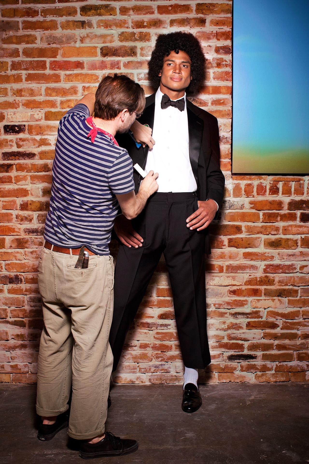 George Freeman, quarterback de los Bucs posa a lo Michael para Revista. I?img=%2Fphoto%2F2013%2F0204%2Fjackson%2F13-1280X1920