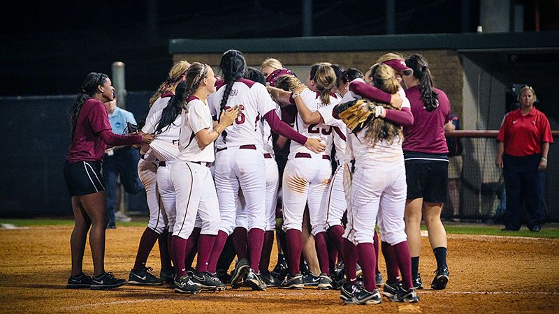Ncaa Softball Tournament Kelly Hensley Changes Fate For