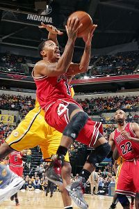 Derrick Rose aggressive in return