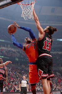 Noah makes Bulls pitch to Anthony