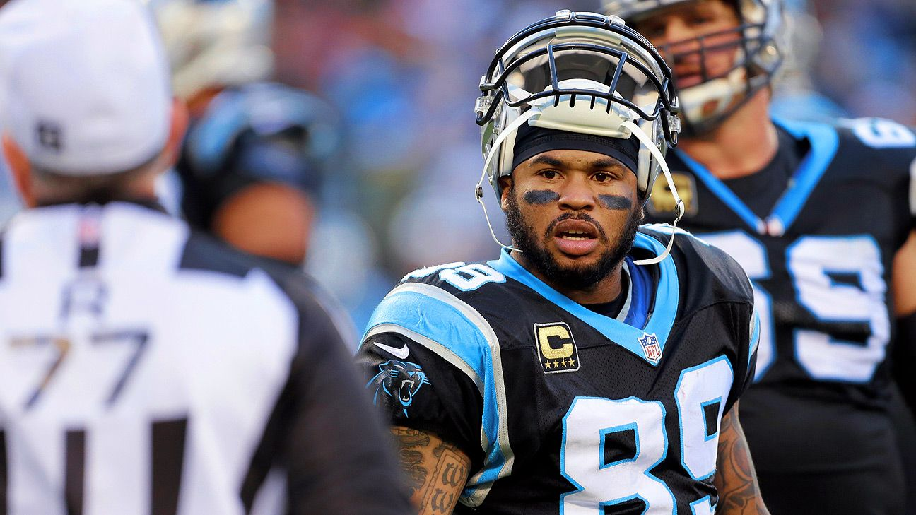Former NFL wide receiver Steve Smith Sr. says he battled depression during his 16-year career with the Carolina Panthers and Baltimore Ravens.