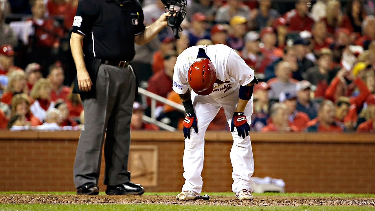 Yadier Molina out of Game 3 lineup