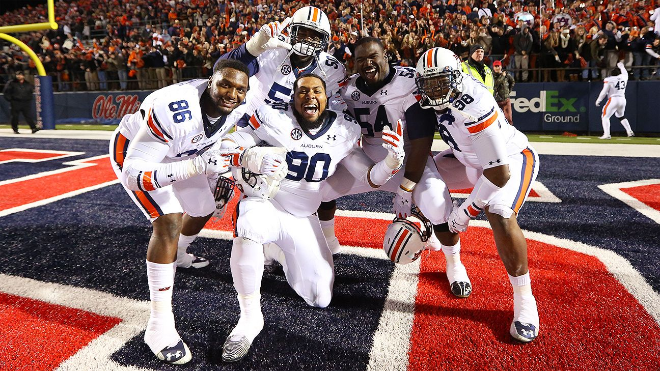 Auburn pass rush showing signs of life