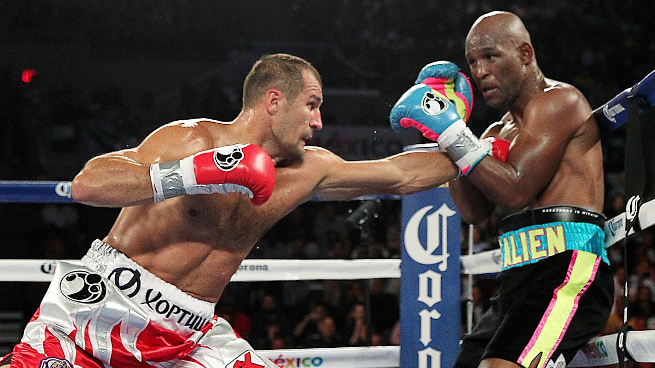 Kovalev defeats Bernard Hopkins