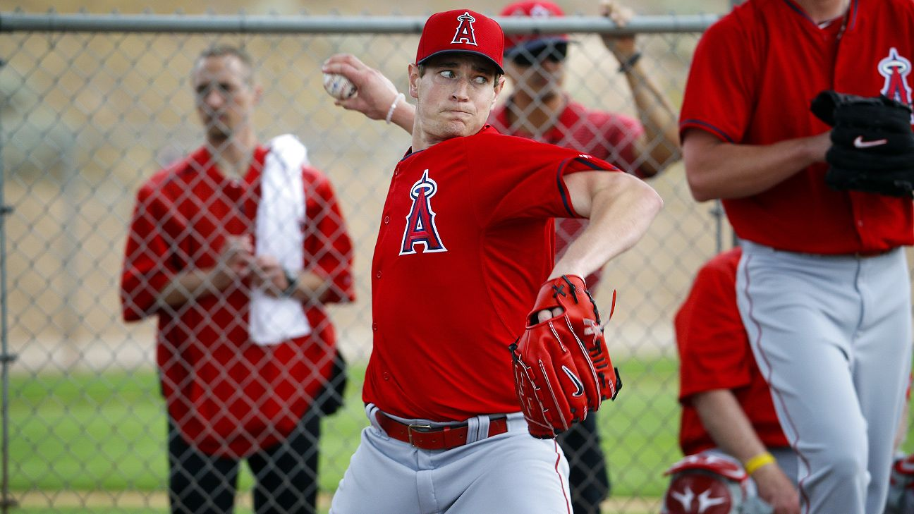 Angels eye late April for Richards
