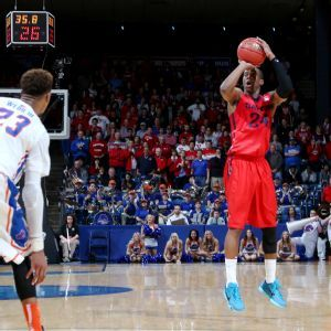 Jordan Sibert not done with Dayton just yet