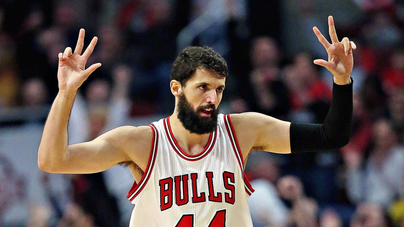 Bulls' playoff chances require Mirotic, Butler to be at their best