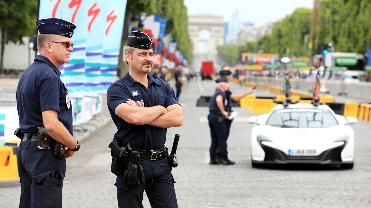 Paris police open fire after car tries to crash through Tour barricades