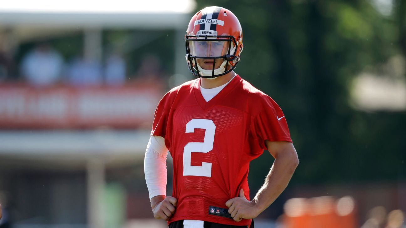 Johnny Manziel's sore elbow 'a minor setback,' says Mike Pettine