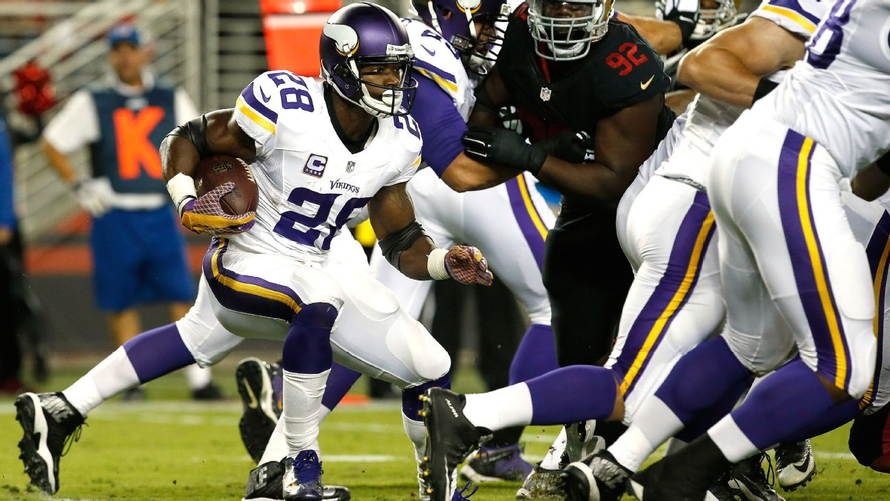 Adrian peterson clunky in first game back with minnesota vikings