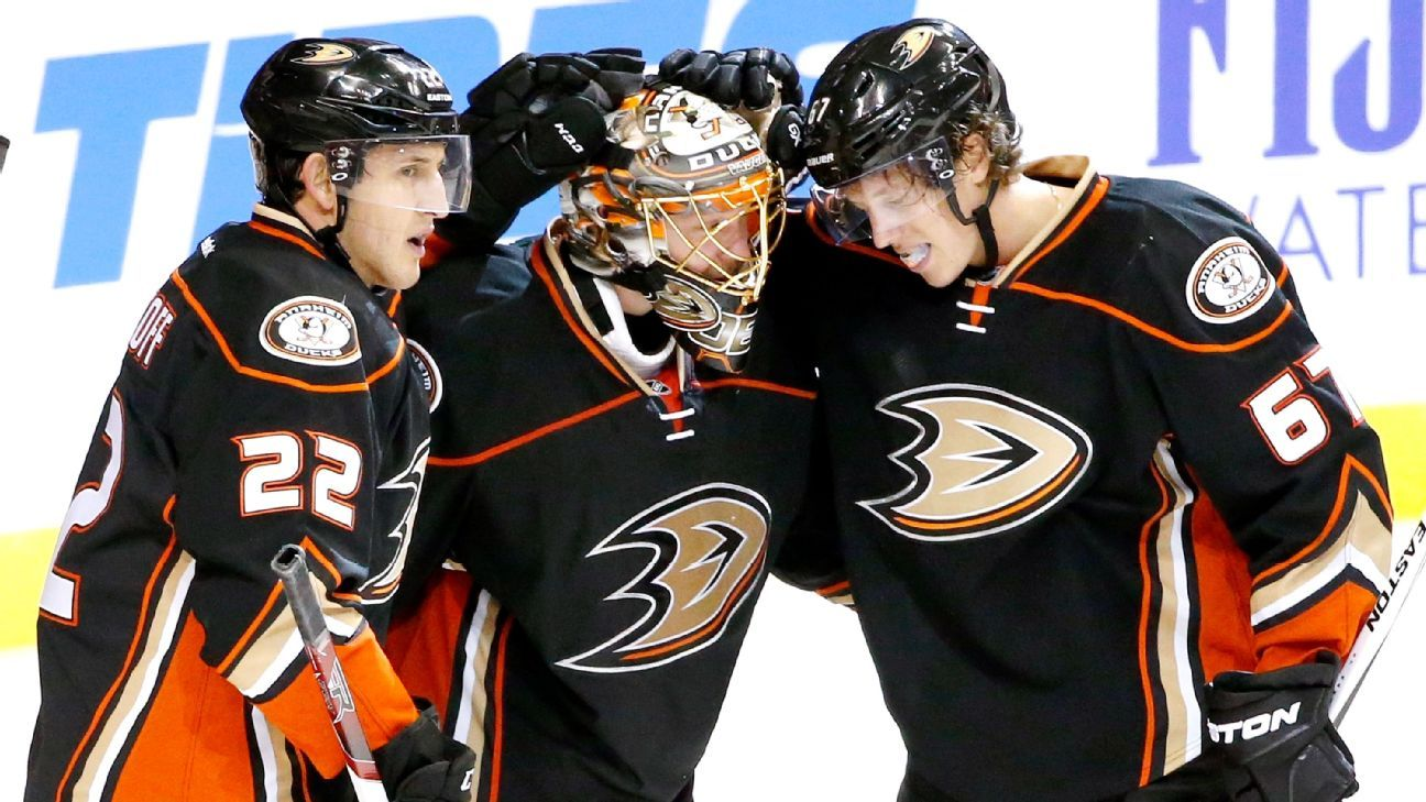 Western Conference wrap: Blues are heating up in early going
