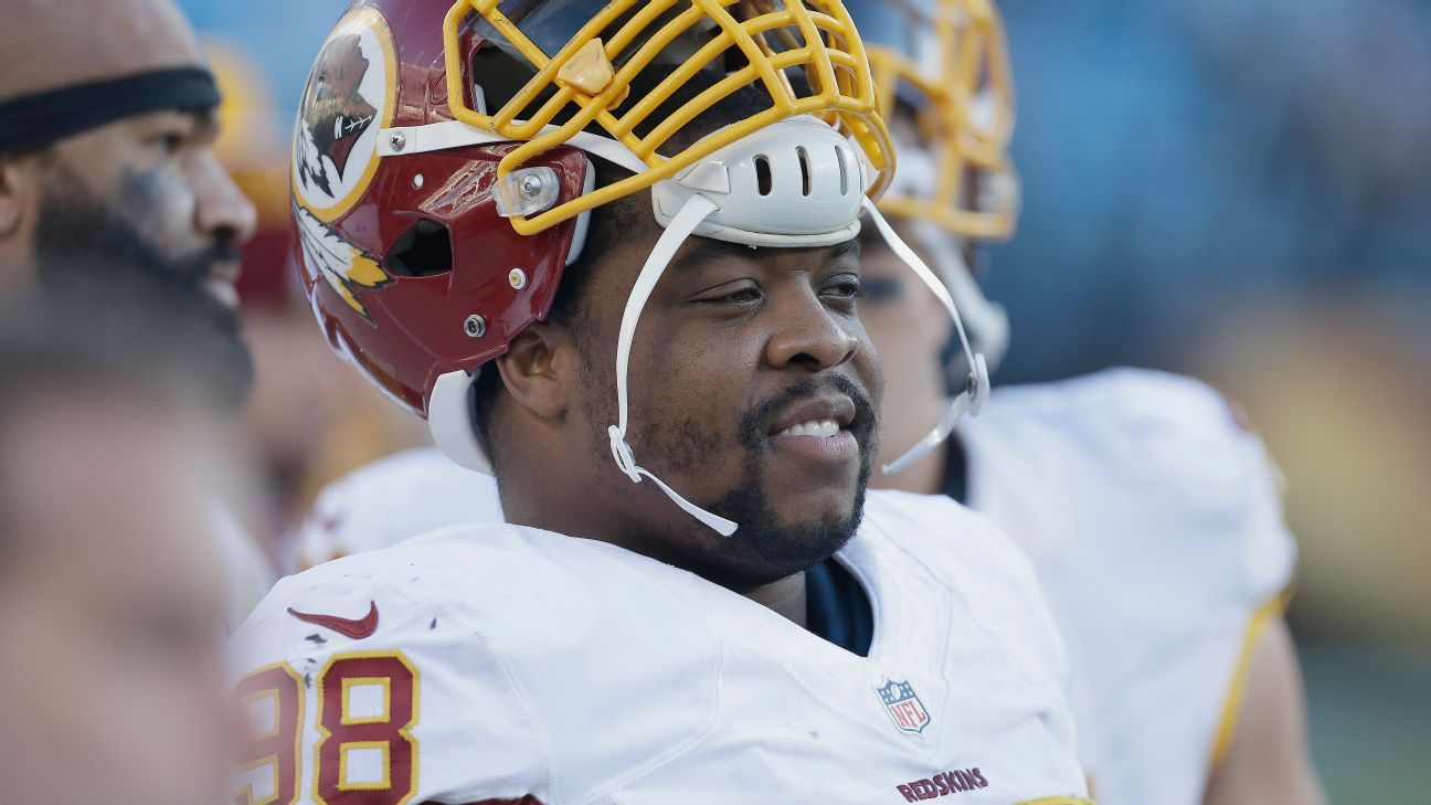 NFL Jerseys Sale - Redskins' D-line donates 3,600 water bottles to Flint, Michigan ...