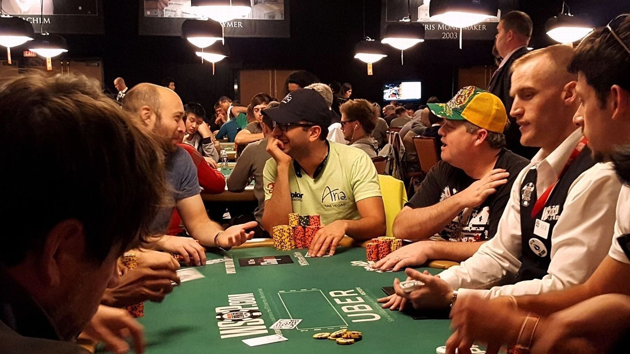 wsop main event day 3 kenny hallaert leads antonio. Black Bedroom Furniture Sets. Home Design Ideas