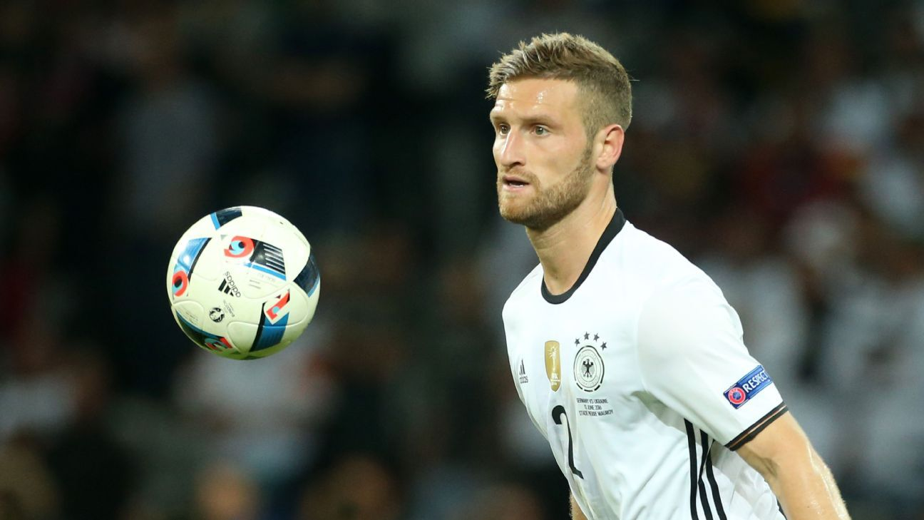After escaping injury, Mustafi must quickly settle into Arsenal's defence