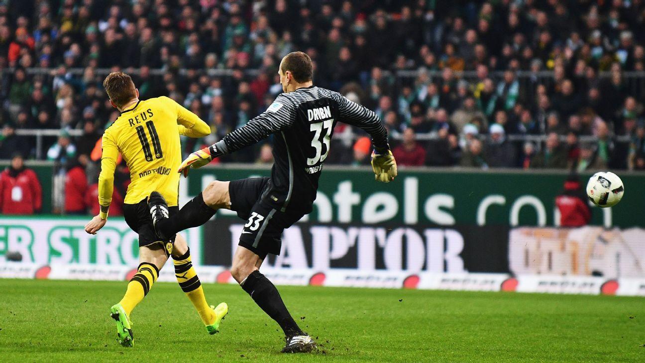 Werden Bremen s Jaroslav Drobny banned for Marco Reus red card