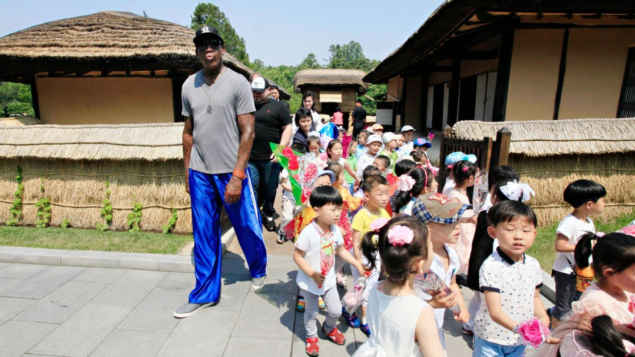 Rodman visits a women's team in N. Korea