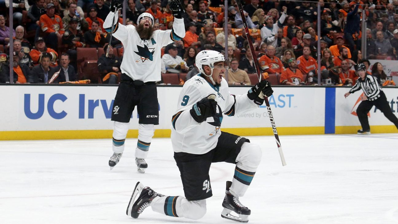 Pavelski Scores Second Goal Takes Sharks To 3 0