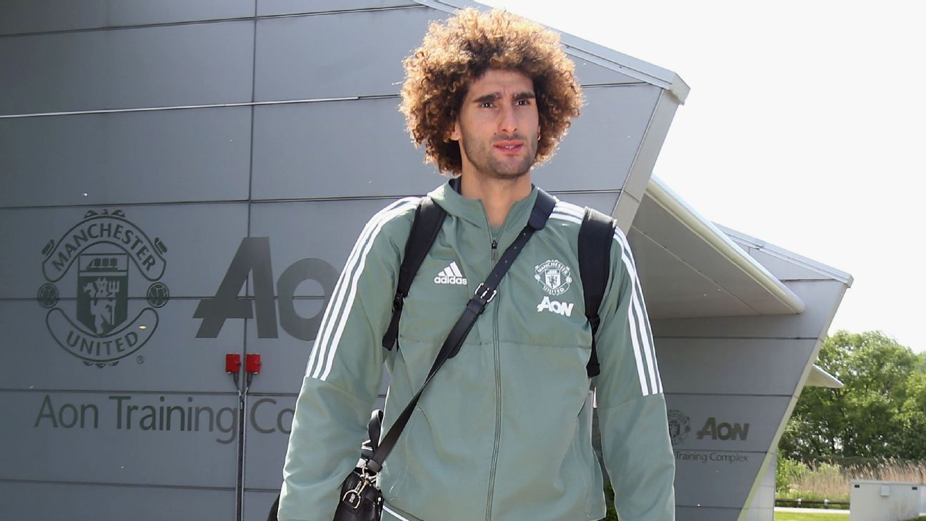 United's Fellaini wanted by AC Milan - sources