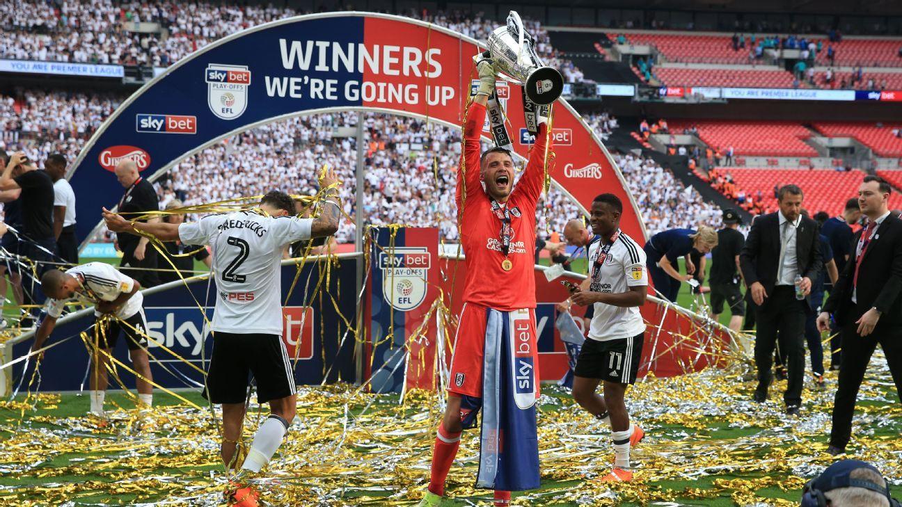 Van Der Sar warns Fulham on transfer plans