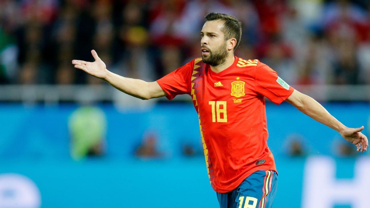 Barcelona's Jordi Alba denies clash with Spain coach Luis Enrique
