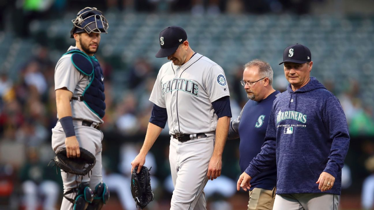 Mariners place ace Paxton (forearm) on DL