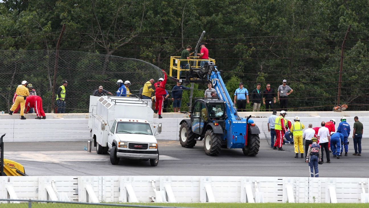 IndyCar driver Robert Wickens to have spinal surgery day after crash