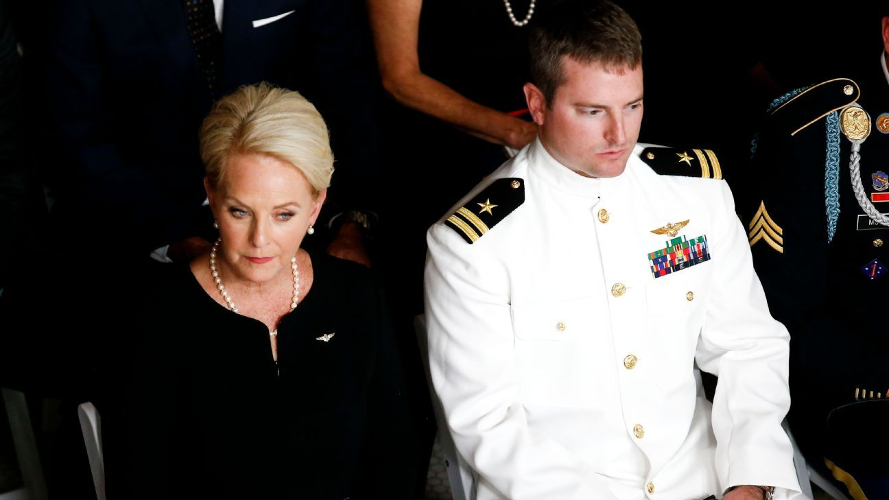 Cindy McCain, the widow of Sen. John McCain, will join the Cardinals at midfield for the pregame coin toss when she serves as an honorary captain Sunday against Washington.