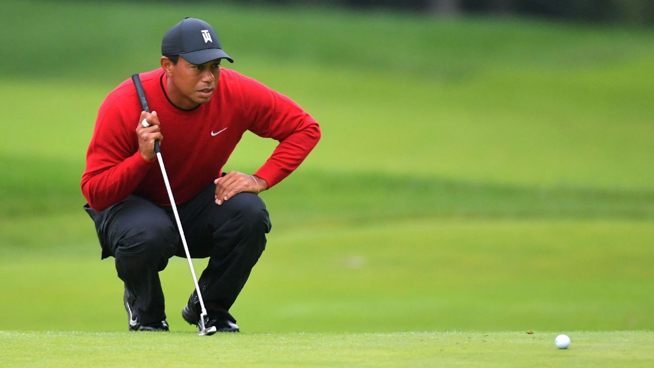 tiger woods finishes sixth at bmw championship  qualifies