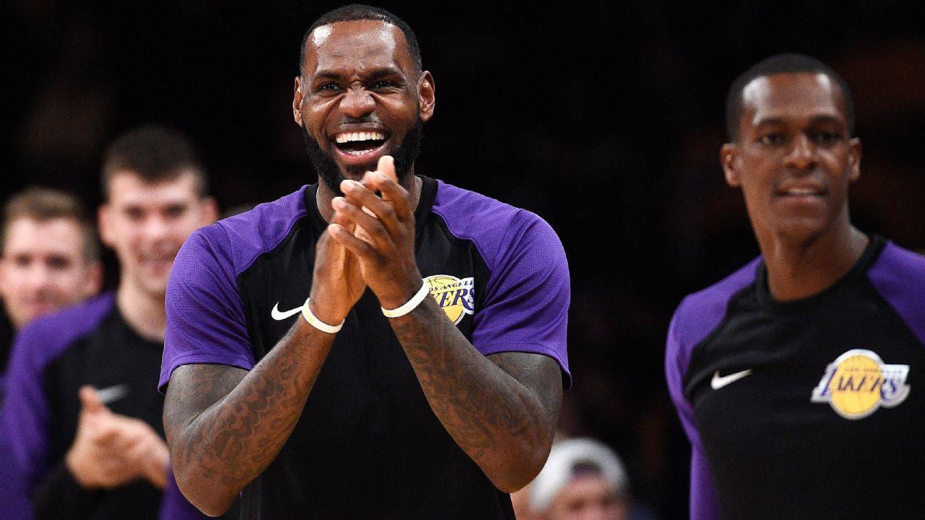 Luke Walton of Los Angeles Lakers taking long view on LeBron James playing time