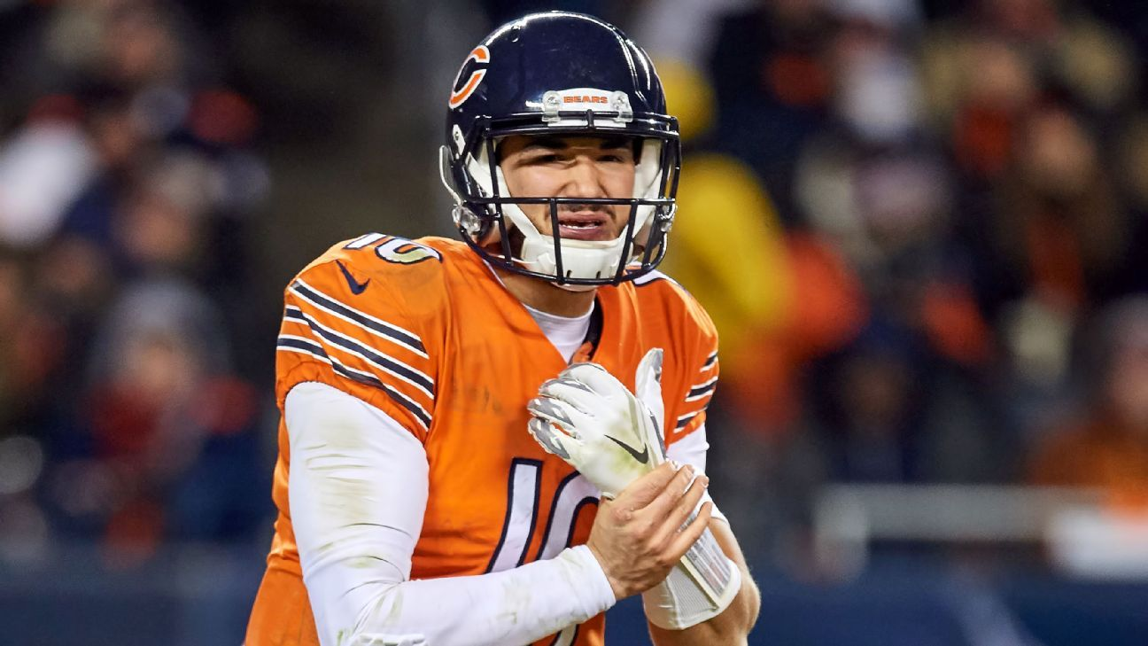 After missing two games due to a right shoulder injury, Bears quarterback Mitchell Trubisky will return to the starting lineup Sunday night against the Rams.