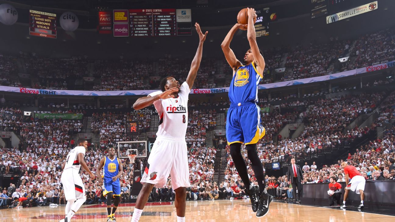 2016 nba playoffs -- shaun livingston of golden state warriors ejected in second quarter