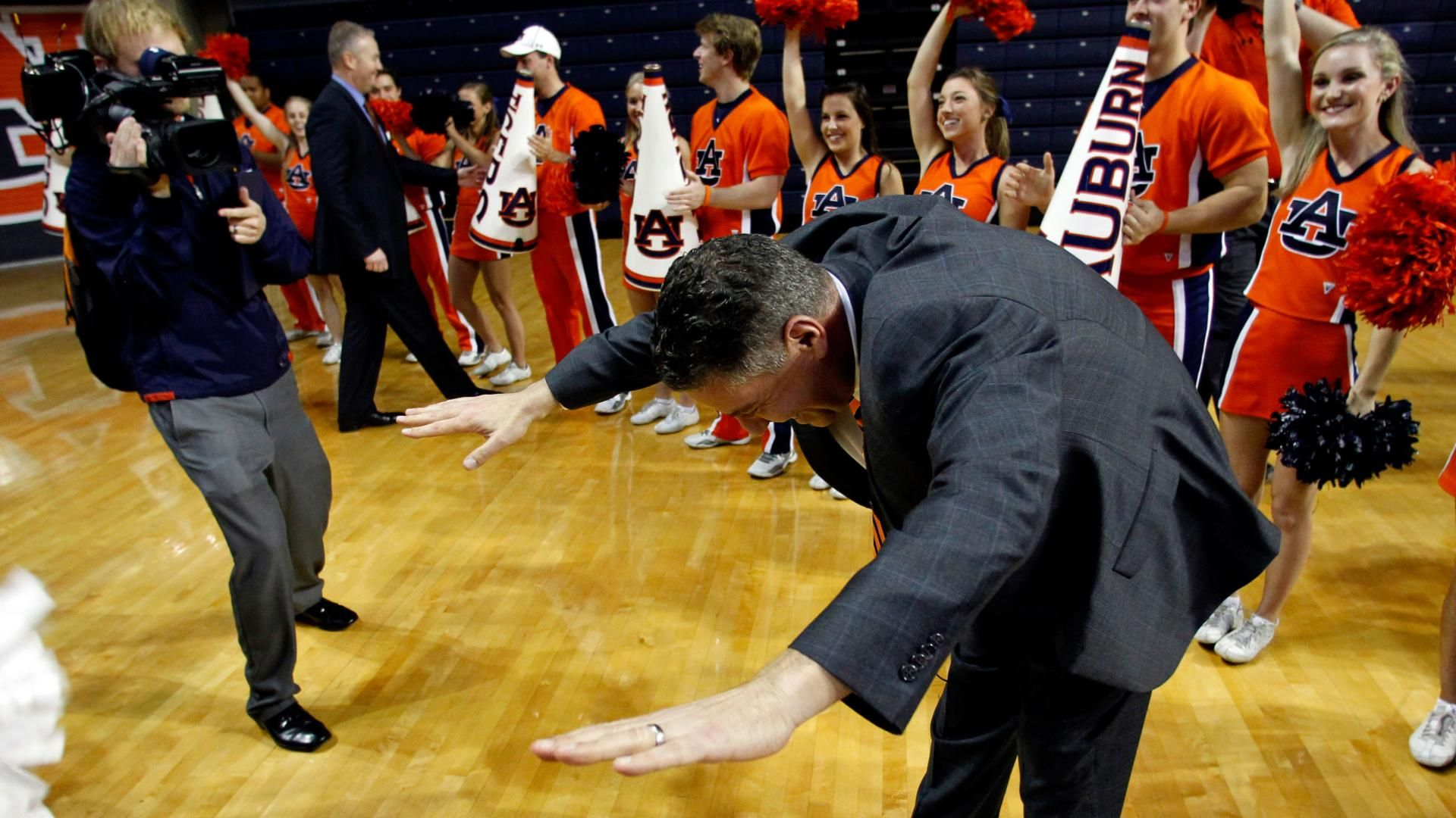 Bruce Pearl Determined to Succeed