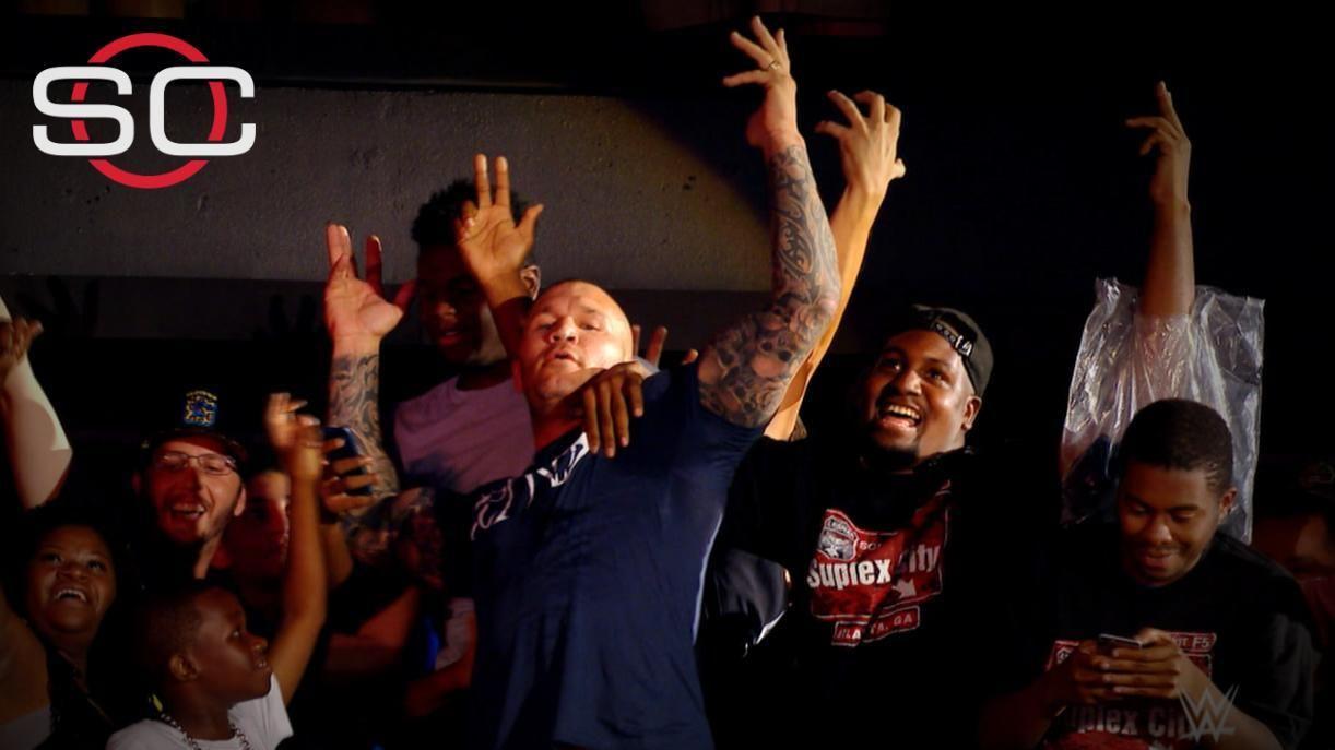 dm_160803_COM_WWE_Highlight_Off_The_Top_