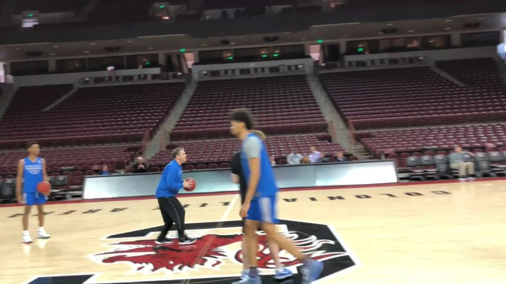 Calipari nails half-court shot