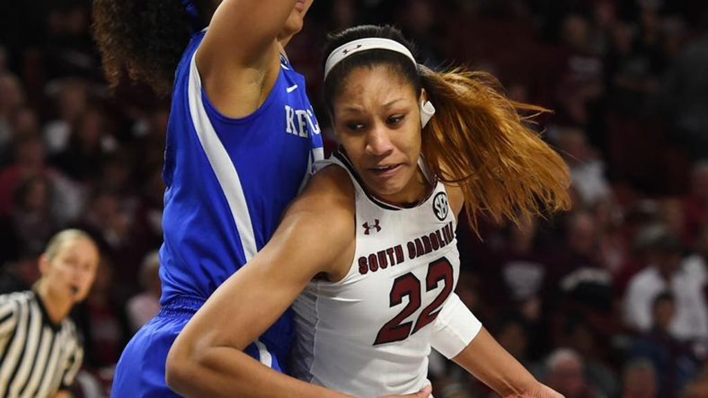 No. 8 South Carolina rolls past UK 81-63