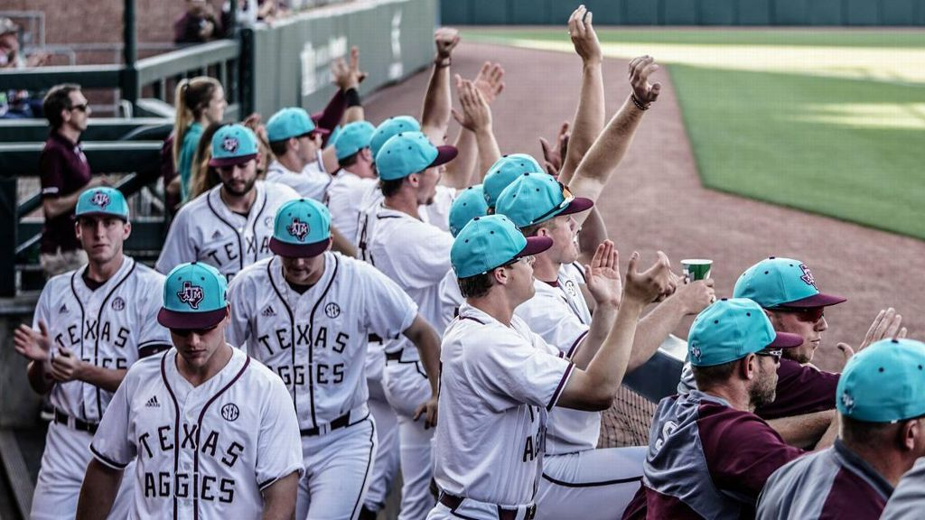 No. 14 Texas A&M pulls out 7-5 win over Texas State