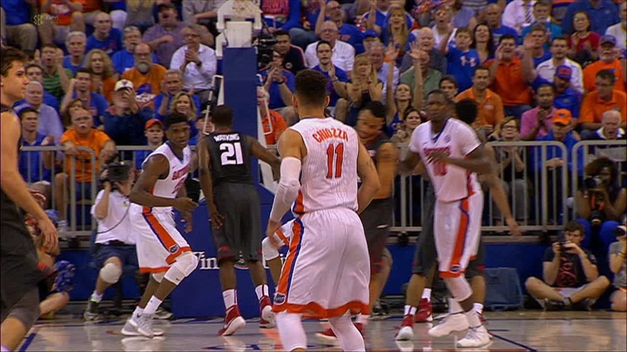 J. Egbunu made Dunk. Assisted by C. Chiozza.