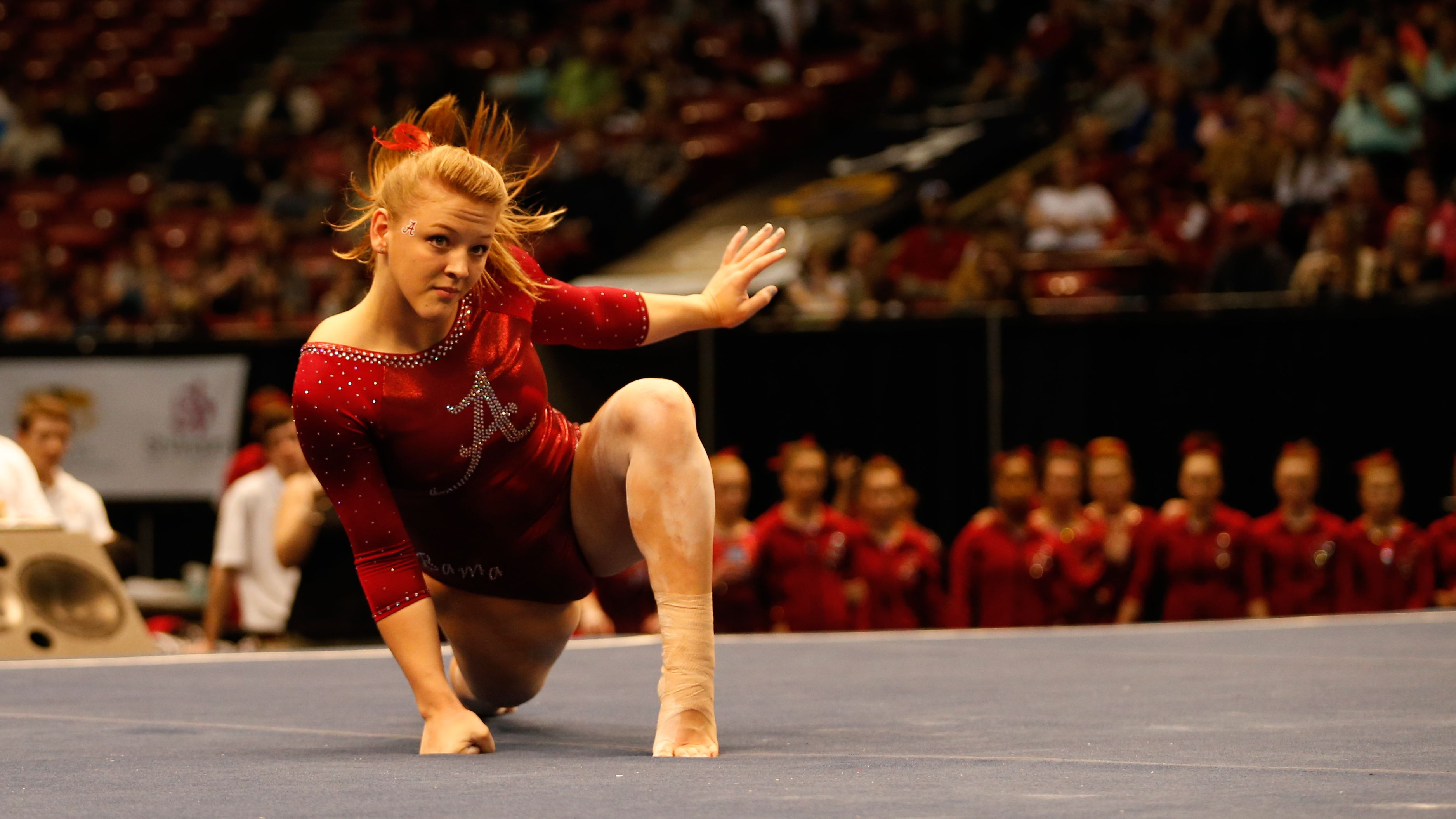 Alabama Tops Auburn In Elevate The Stage Meet