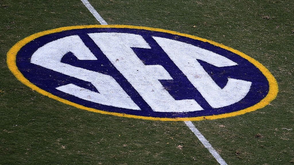 2018 SEC Football Community Service Team announced