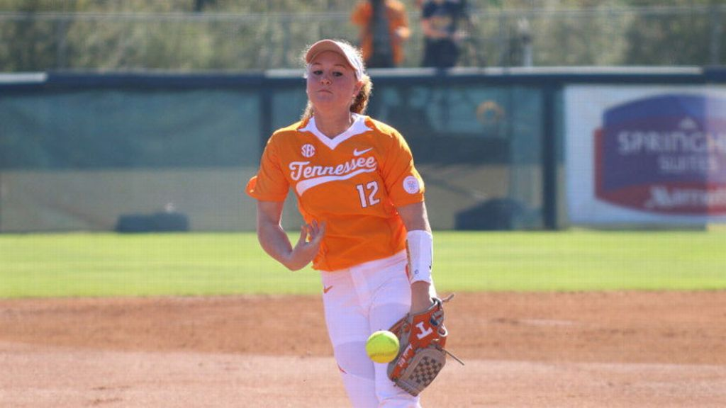 No. 13 Vols upset defending champs No. 5 Oklahoma