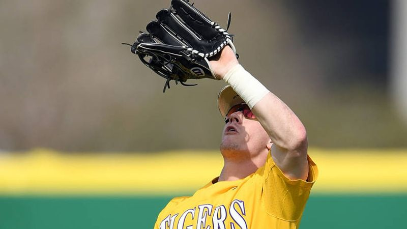 No. 3 Tigers sweep Terrapins