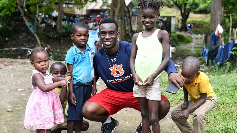 Auburn players reflect on Dominican Republic impact
