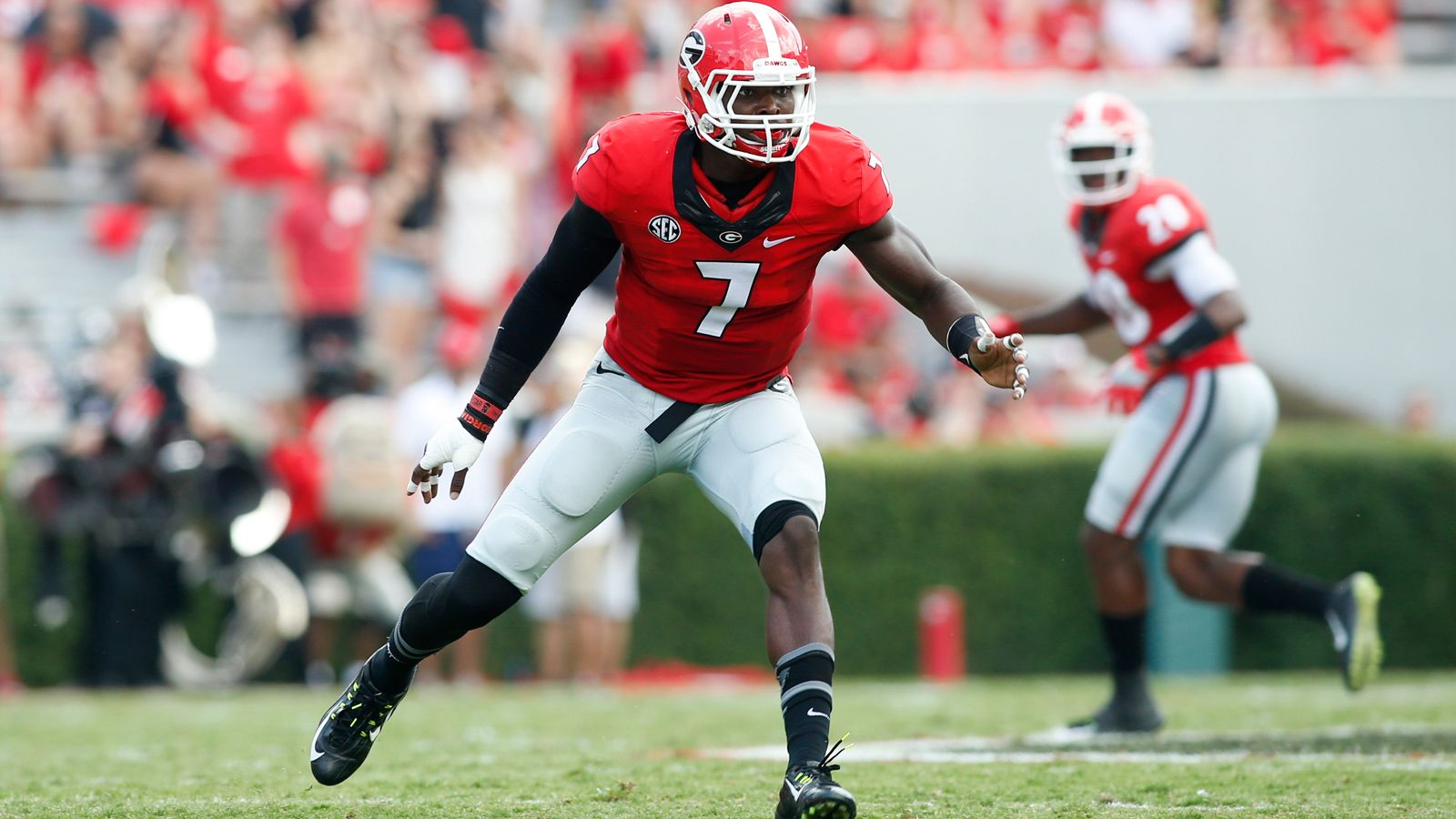 Eleven from SEC named to Butkus Award watch list