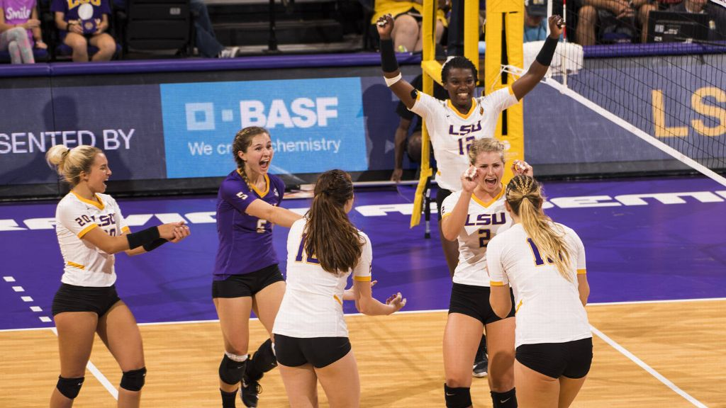 LSU defeats Mississippi State in straight sets
