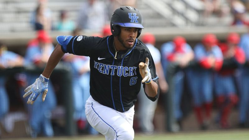 No. 8 Kentucky falls to Xavier 3-2