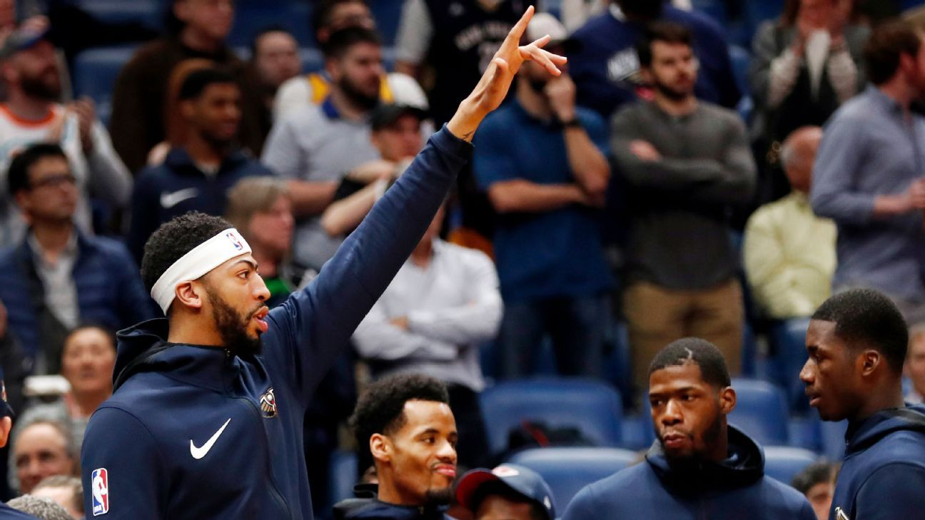 2942b9fcc Anthony Davis returns to New Orleans Pelicans  lineup following 1-game  absence for sprained ankle ...