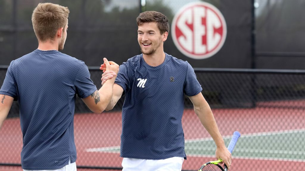 Vandy, Ole Miss, UGA, Bama move on in SEC Tournament