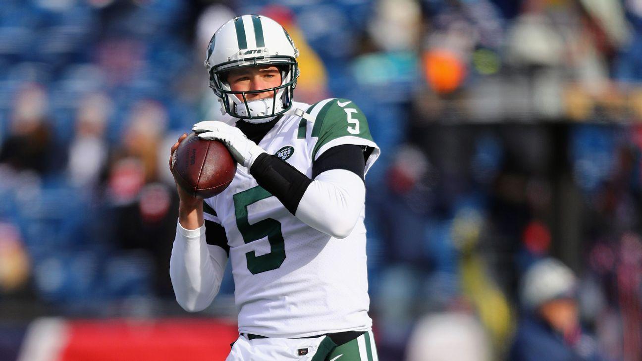 The Philadelphia Eagles sign quarterback Christian Hackenberg