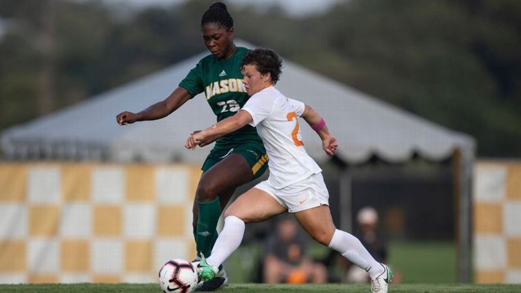 No. 25 Tennessee tops George Mason 4-0